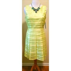 {Tahari} Citrine Green Dress